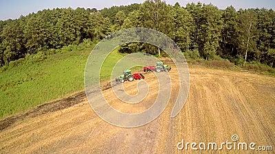 Máquinas de Agriculturar no trabalho filme