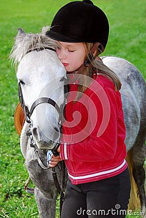 Mädchen und Pony