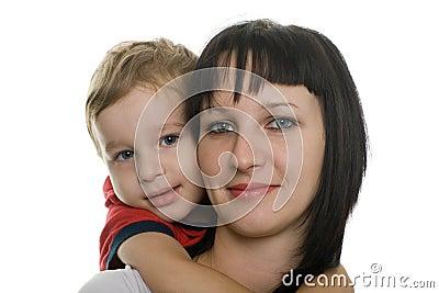 Mère avec son fils aimé