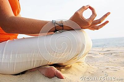 Méditation de lever de soleil