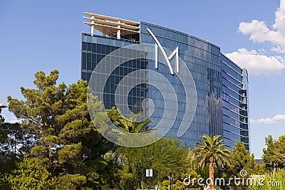 M toevlucht buiten in Las Vegas, NV op 20 Augustus, 2013 Redactionele Foto