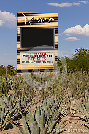 M toevluchtteken in Las Vegas, NV op 20 Augustus, 2013 Redactionele Foto