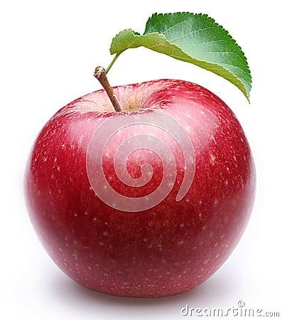 Maçã vermelha madura com uma folha.