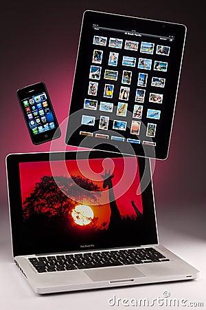 MAC- Boek Pro - iphone 4 - ipad 2 Redactionele Foto