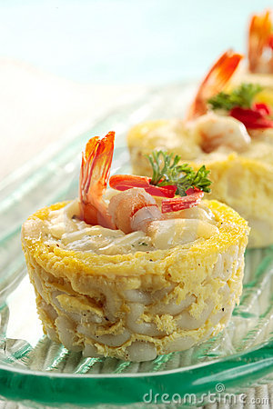 Free Macaroni Schotel With Shrimp Royalty Free Stock Photo - 19013405