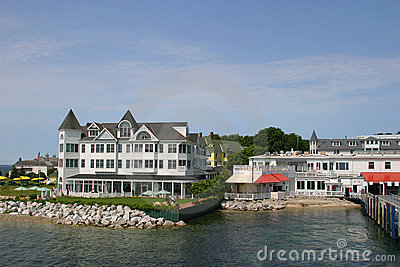 Mackinac Inn