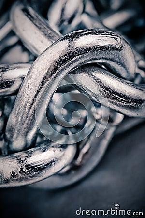 Macro chain link