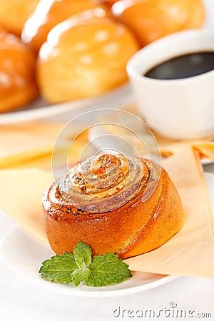 Macro of cinnamon roll breakfast