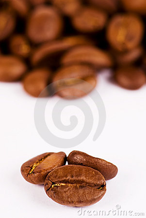Free Macro-close-up Of Three Coffee Beans Royalty Free Stock Image - 7932196