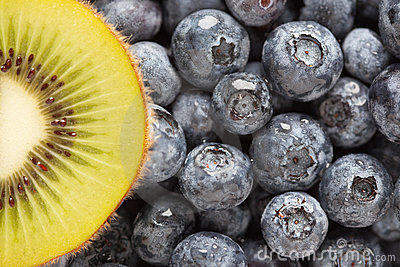 Macro Kiwi and Blueberries
