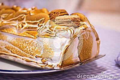 Macro norvegese della torta l Alaska cotto o (dell omelette)