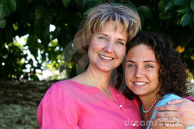 Madre e hija bonitas