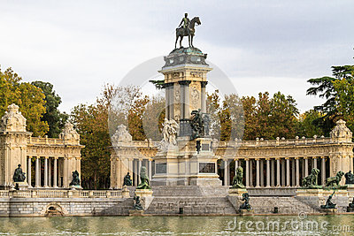 Madrid, Retiro Park Monument