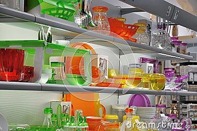 magasin color de vaisselle de cuisine photo stock image 51602407. Black Bedroom Furniture Sets. Home Design Ideas