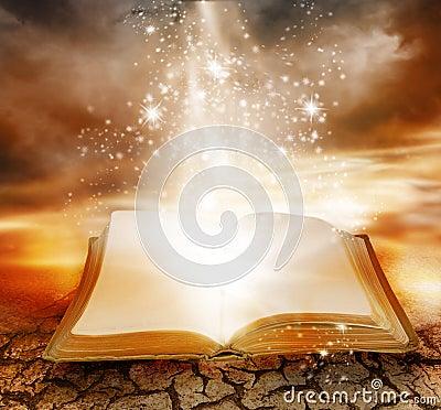 Free Magic Book Stock Photos - 8075293