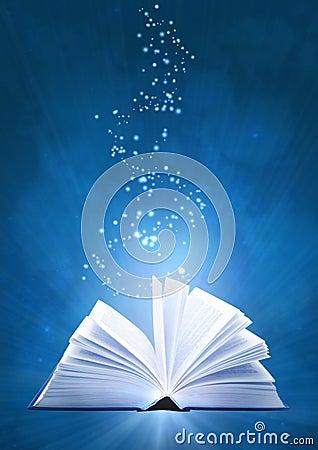 Free Magic Book Royalty Free Stock Photos - 9046808