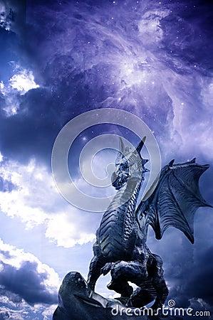 Free Magic Dragon Royalty Free Stock Image - 29502986