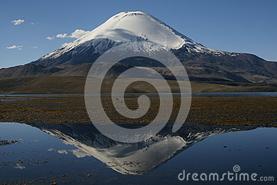 Magic view of volcan parinacota, chile