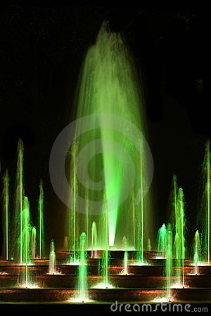 Free Magic Water Fountain Royalty Free Stock Photography - 7950287