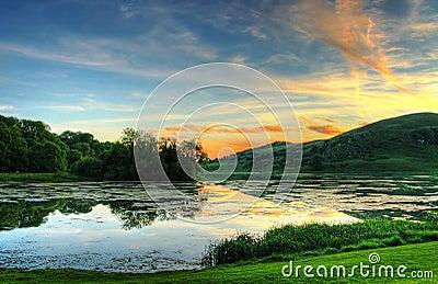 Magischer irischer Sonnenuntergang
