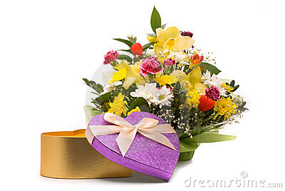 Magnificent bouquet and present box