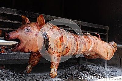 Maiale dell 39 arrosto fotografia stock libera da diritti for Arrosto maiale