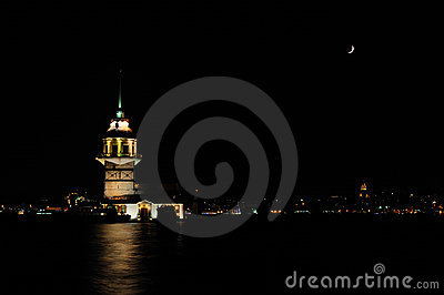 Maiden s Tower at night
