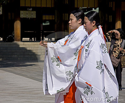 Maidens on Japanese shinto wedding ceremony Editorial Photography