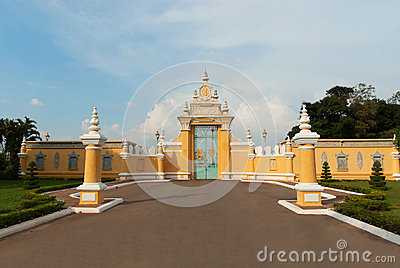 Main gate to Royal Palace in Phnom Penh