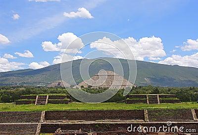 Main pyramids