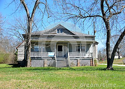 Maison historique vendre photo stock image 51551358 - Maison a vendre par l etat ...
