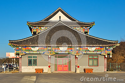 Style de maison moderne choisir ses fentres en fonction for Meubles chinois strasbourg