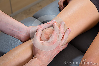 Maitland knee therapy massage on woman leg