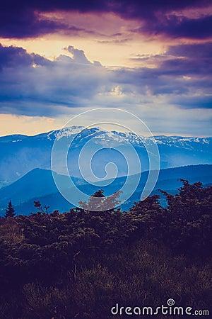 Free Majestic Morning Mountain Landscape. Dramatic Overcast Sky. Royalty Free Stock Photos - 54798368