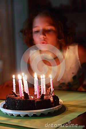 Free Make The Cherished Wish For A Birthday Stock Images - 116623784