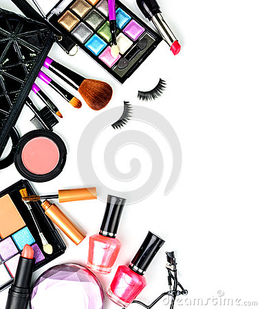 Free Make Up Bag With Cosmetics And Brushes Isolated On White Royalty Free Stock Images - 65125589
