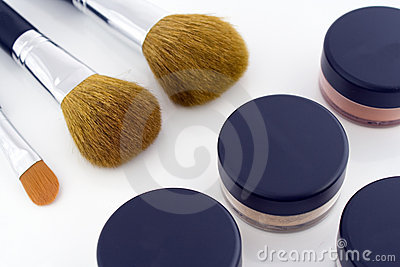 Make-up brushes and powder jars