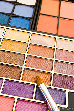 Make-up colors