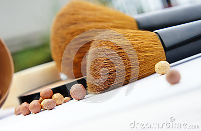 Make-up palette and brushes