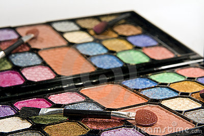 Make-up set with mirror