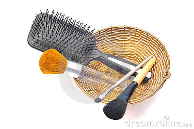 Makeup brushes and comb