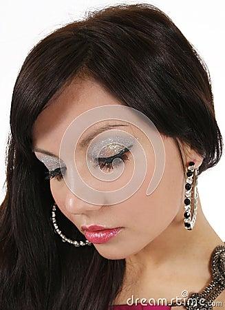 Makeup with glitter eyeshadow