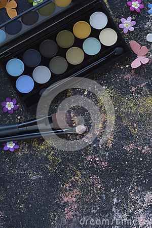 Free Makeup On Blackboard Background Stock Photography - 62601082