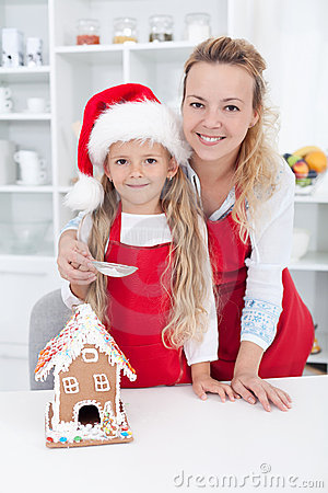Free Making A Gingerbread Cookie House At Christmas Royalty Free Stock Photo - 21836645