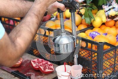 Making Fresh Pomegranate Juice