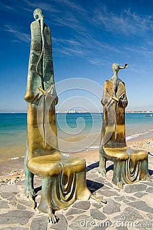 Malecon Statues