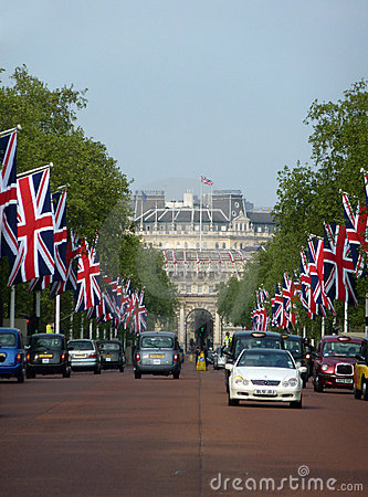 The Mall With Flags 26 April 2011 Editorial Stock Image