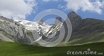 Mallos Lecherin in Aisa Valley, Pyrenees, Huesca