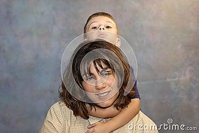 Mama 2 synu