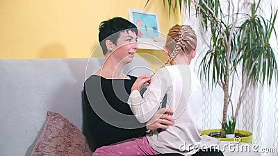 Lesbisch Mama Vs Tochter 260 Mutter